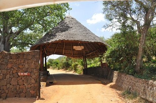 Entrance to Rhino Valley Lodge in Tsavo West